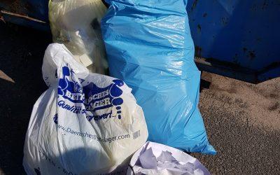 Illegale Müllentsorgung an Altglas- und Altkleidercontainern